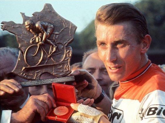 Велосипедист Жак Анкетиль - Stone Forest