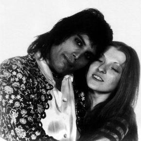 Фредди Меркури и Мэри Остин - Stone Forest