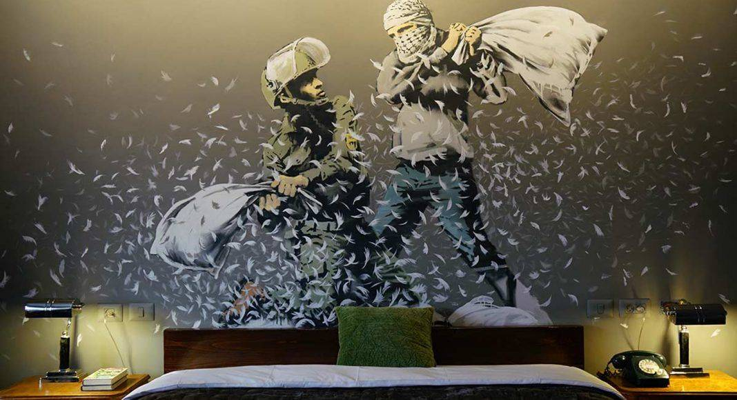 Banksy Walled Off Hotel - Каменный лес Stone Forest