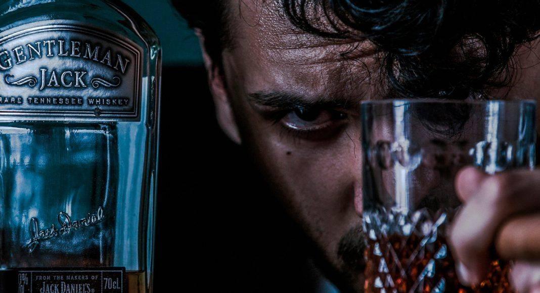 как самостоятельно в домашних условиях бросить пить спиртное