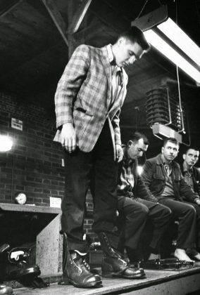 Элвис Пресли в армии - Каменный лес Stone Forest