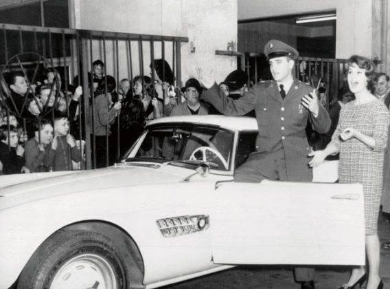 Элвис Пресли и 1958 BMW 507 - Каменный лес Stone Forest