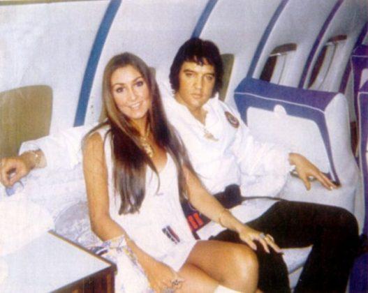 Элвис Пресли и Линда Томпсон - Каменный лес Stone Forest