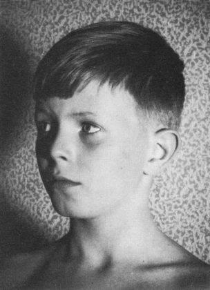 Дэвид Боуи в детстве - Каменный лес Stone Forest