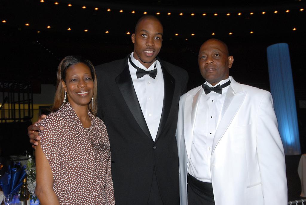Дуайт Ховард с родителями