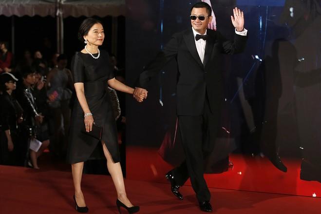 Вонг Кар-вай с женой - Каменный лес Stone Forest