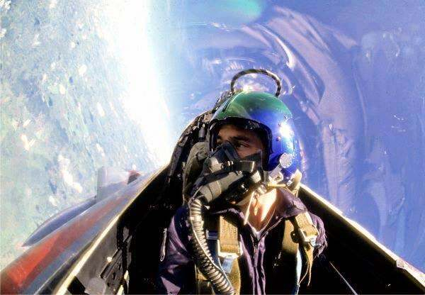 Айртон Сенна в кабине пилота - Каменный лес Stone Forest