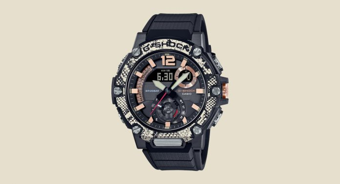 GST-B300WLP-1AER часы Casio со змеиным принтом - Каменный лес Stone Forest