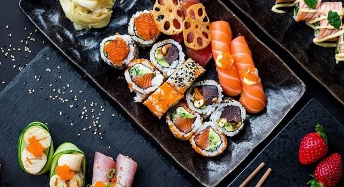 блюда японской кухни в СПб