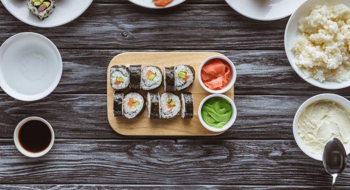 Суши и роллы – главные японские деликатесы