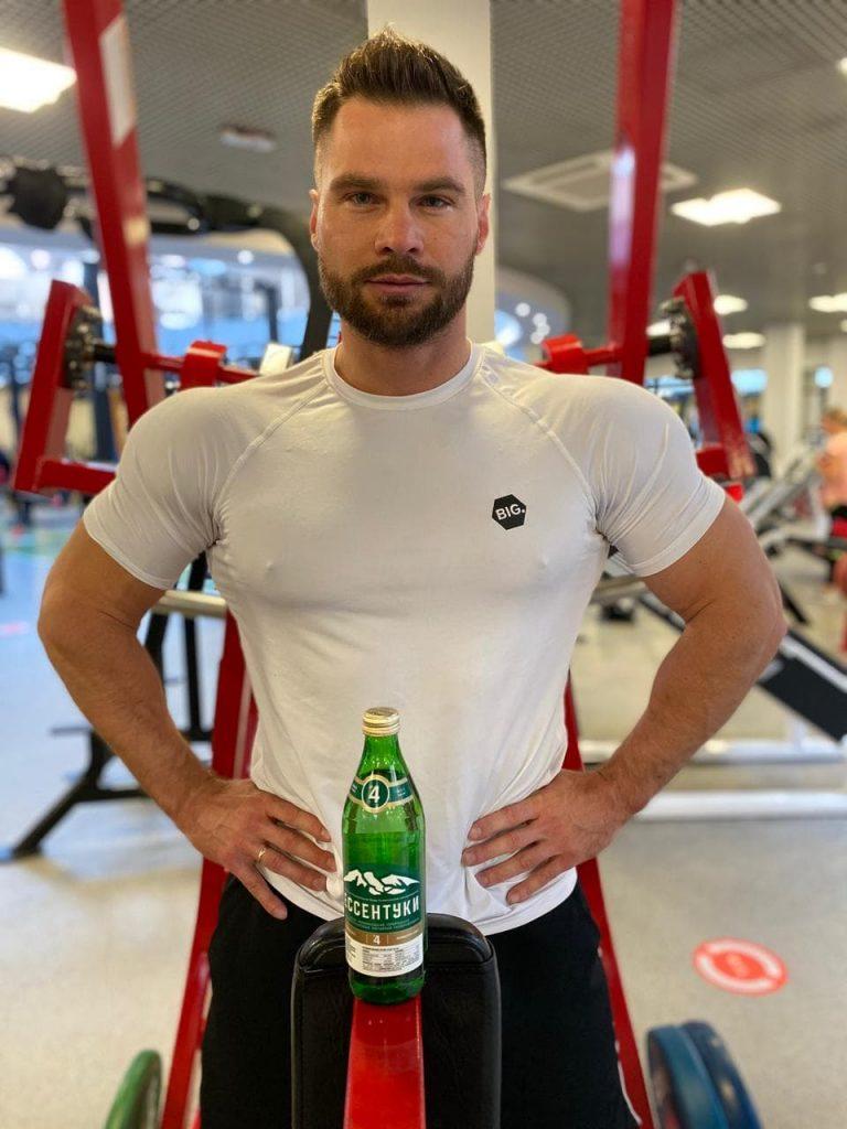 Денис Гусев - мастер спорта России по бодибилдингу