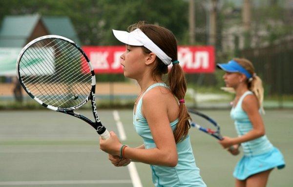 Занятия по большому теннису для детей